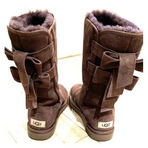UGG Bailey Bow Boots 😍